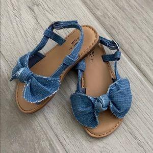 Baby gap toddler denim distressed sandals 7